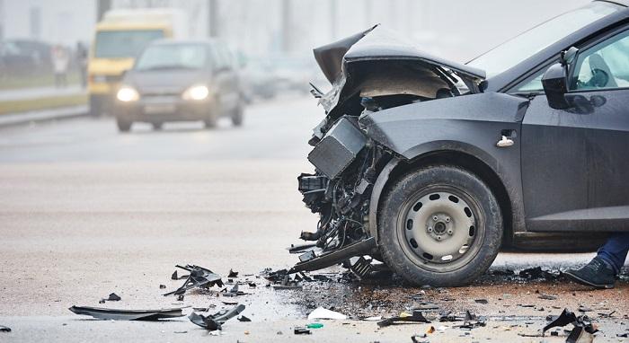 交通事故の加害者の勤務先が知りたい【素行調査】